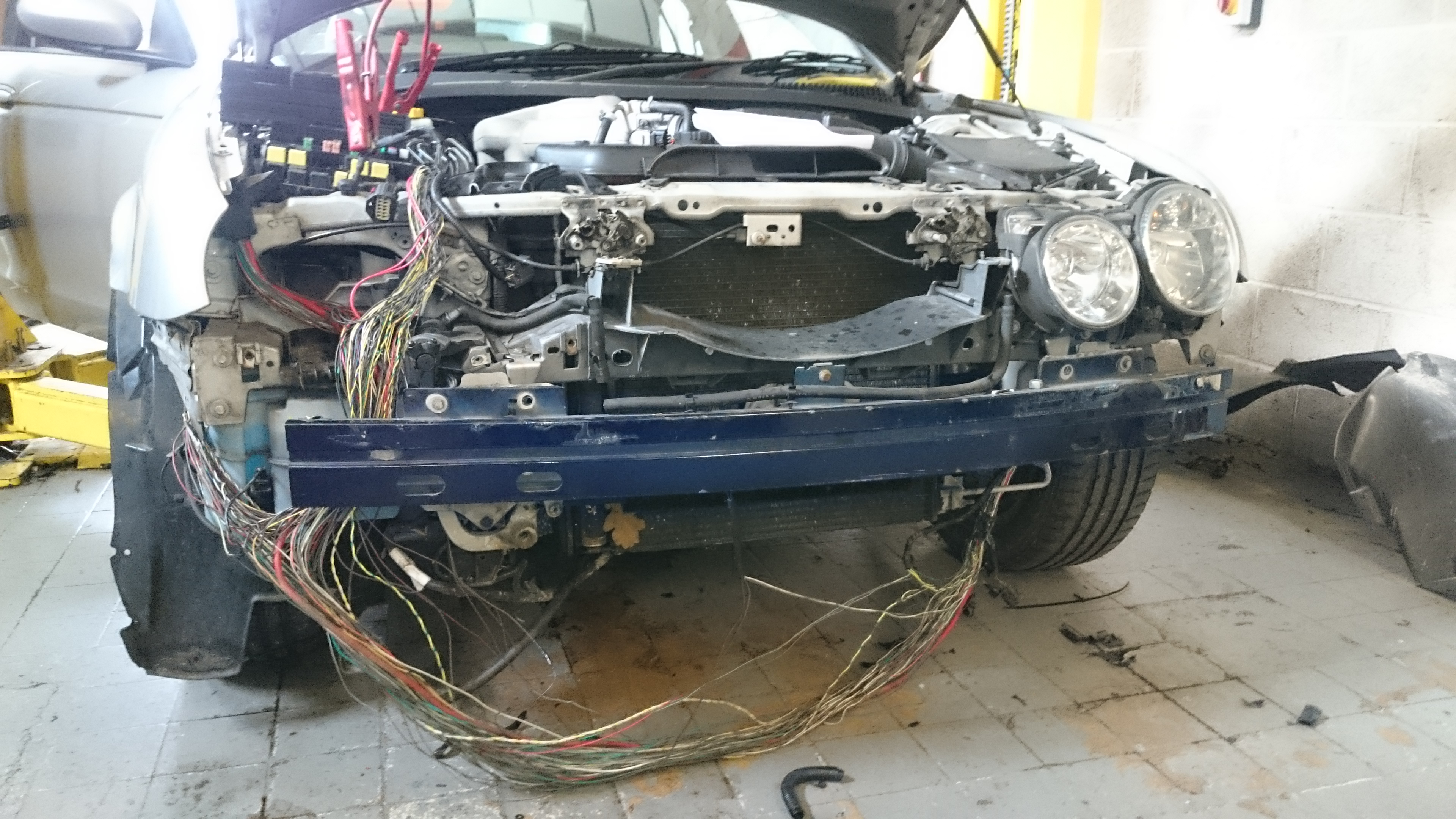 Jaguar S Type 2004 Car Electrics Repairs Mercedes Wiring Loom Repair A Common Problem With This Can Be The Module At Rear Of Above Dif Luckily Close Inspection Leading